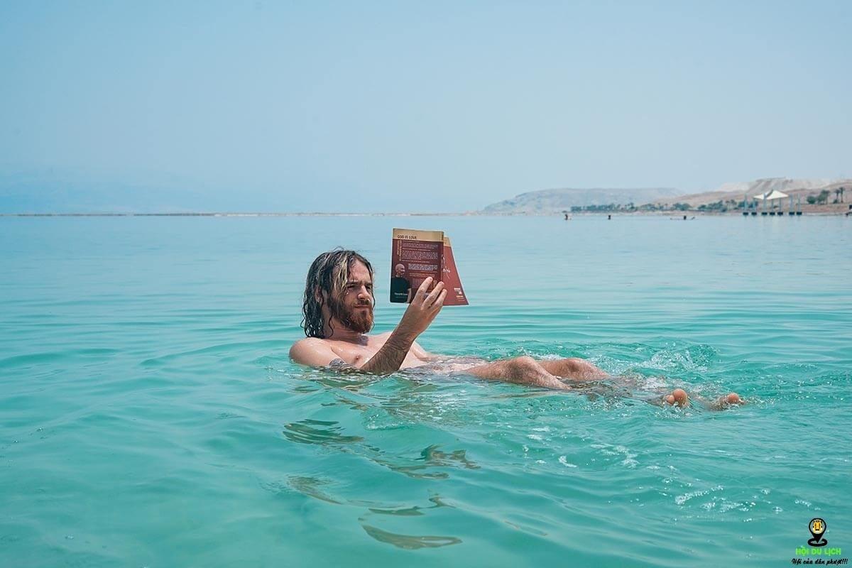 Không nên cạo lông hoặc wax trước khi đi Biển Chết