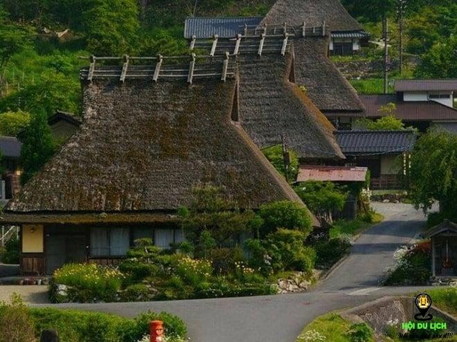 Những ngôi làng cổ luôn mang nét thu hút riêng