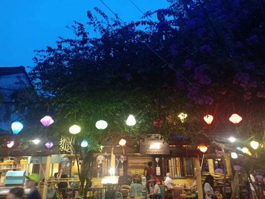 Hội An về đêm thật đẹp (ảnh tự chụp Thanh Thủy)