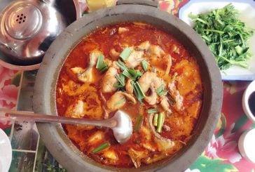 Điểm danh 5 món ăn nhất định phải thử khi đến Phượng Hoàng cổ trấn