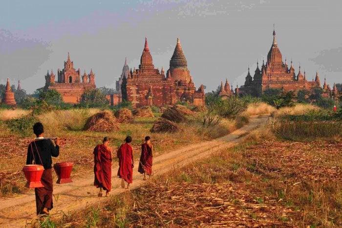 Phật giáo gắn liền với đời sống người dân
