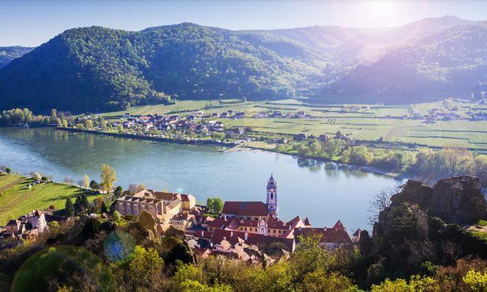 Thung lũng Wachau xinh đẹp ,lãng mạn