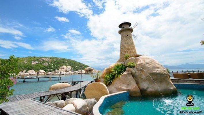 Tham quan hải đăng Hòn Chút ở đảo Bình Hưng- ảnh sưu tầm
