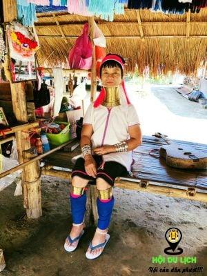 Người phụ nữ ở bộ tộc Cổ Dài- ảnh sưu tầm