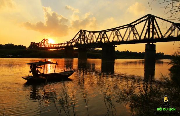 Cầu Long Biên Hà Nội ngày thu