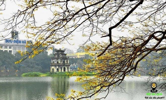 Hồ Hoàn Kiếm buổi sáng chớm thu