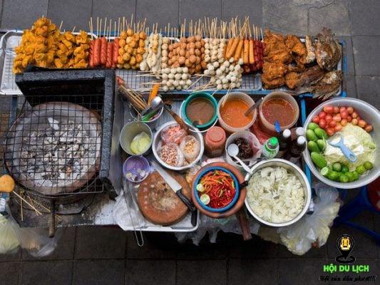 Đến Phượng Hoàng Cổ Trấn mà không ăn Shaokao thì quả thực thiết sót