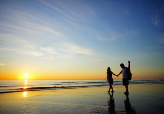Đi dạo trên Biển Nhật Lệ đẹp thơ mộng (ảnh sưu tầm)