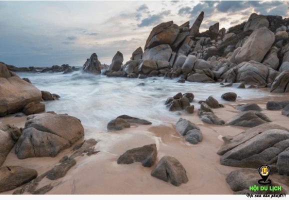 Biển Đá Nhảy đẹp độc đáo ở Quảng Bình-ảnh sưu tầm