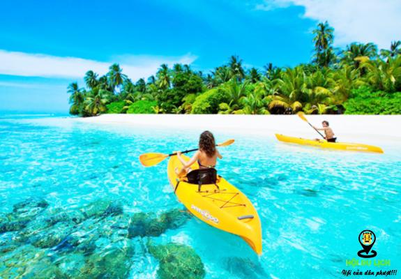 Chèo thuyền trên biển Maldives-ảnh sưu tầm