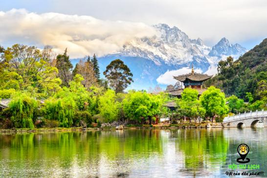 Lệ Giang một trong những điểm du lịch hàng đầu của Trung Quốc