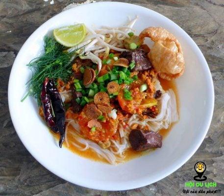 Món bún tươi nước cà chua cay truyền thông ngon đậm đà ở Chiang Mai ( ảnh sưu tầm )
