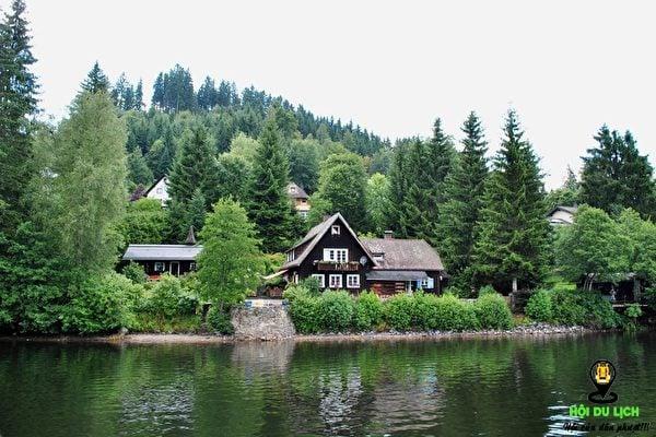 Những căn nhà gỗ bên trong Rừng Đen- ảnh sưu tầm