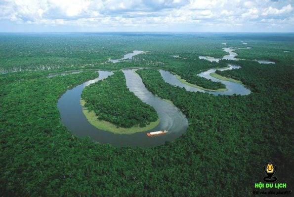 Toàn bộ khung cảnh sông Nile.