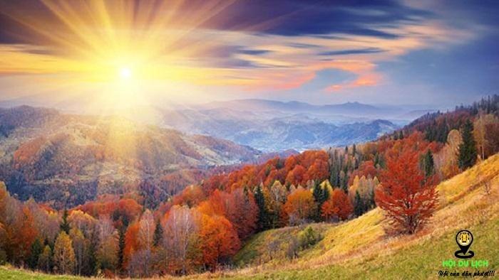 Vẻ đẹp núi Qixia dưới ánh bình minh