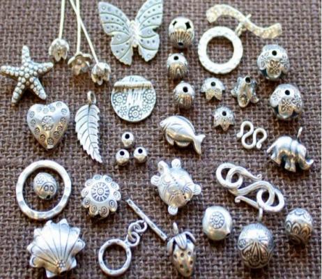 Đồ lưu niệm tinh sảo từ bạc (ảnh sưu tầm)