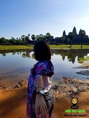 Angkor Wat ế khách tham quan