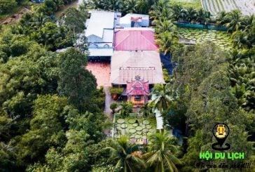 Ngôi chùa hơn trăm tuổi cho khách đứng trên lá sen   hoidulich.net