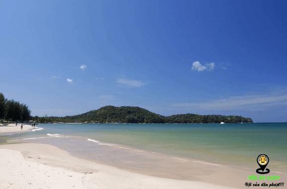 Bang Tao Beach là một điểm du lịch bạn không thể bỏ qua ở Phu Khet (ảnh sưu tầm)