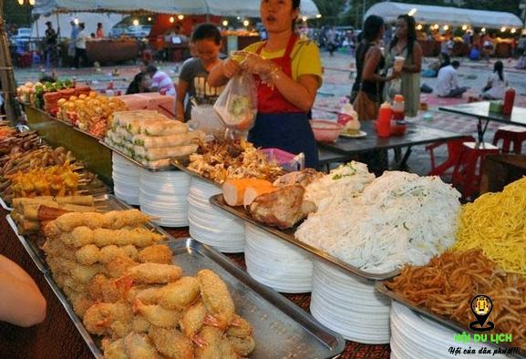 Các khu chợ tại Phnompenh luôn tấp nập