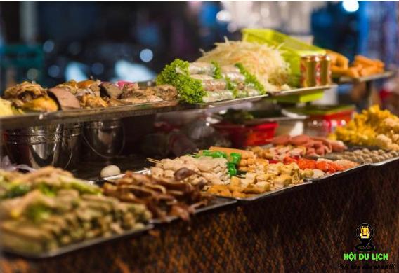 Các món ăn ở chợ đêm thật hấp dẫn( ảnh sưu tầm)