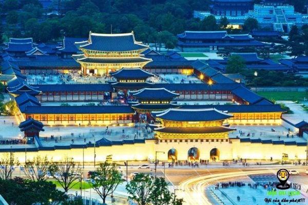 Cảnh sắc về đêm tại Cung điện Gyeongbokgung