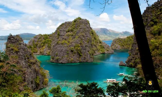 Hồ Kayangan trên đảo Coron ở Philippines- ảnh sưu tầm