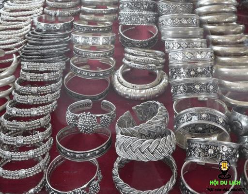 Sản phẩm tinh sảo từ bạc ở Camphuchia (ảnh sưu tầm)