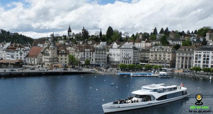 Trải nghiệm vùng nước xanh tuyệt đẹp ở Hồ Lucerne (ảnh sưu tầm)