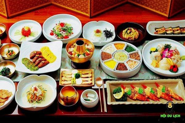 Ẩm thực Hàn Quốc có một sự cầu kỳ nhất định