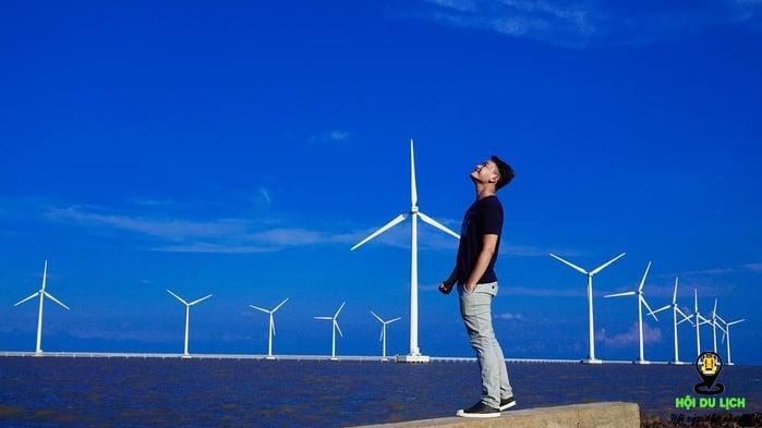 Đến cánh đồng điện gió để có những tấm ảnh đẹp