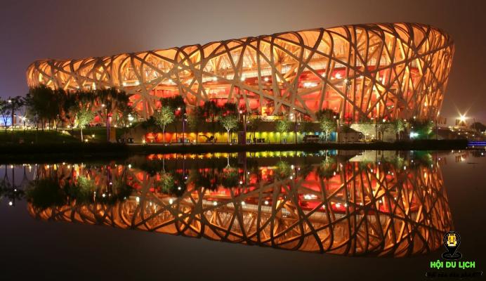 Sân vận động Olympic với lối kiến trúc hiện đại ấn tượng