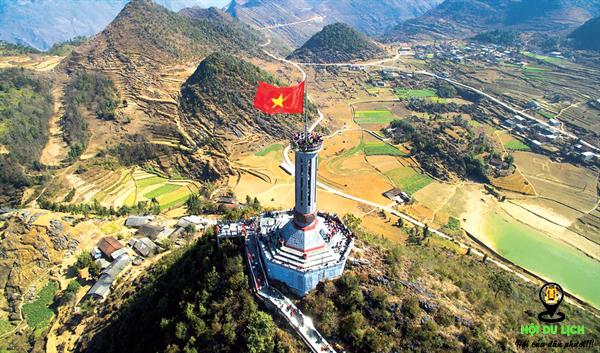 Cột cờ Lũng Cú nơi địa đầu tổ quốc.