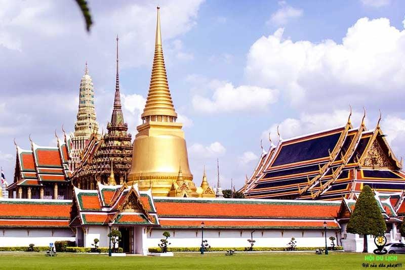 Chùa Phật Ngọc thuộc cung điện hoàng gia.