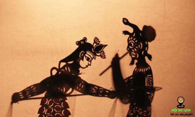 xem múa rối nước ở làng nổi Ô Trấn (ảnh sưu tầm)