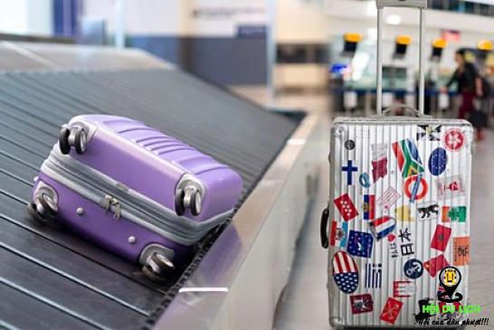 Vali du lịch càng xấu càng tốt khi đi máy bay lý do là đây