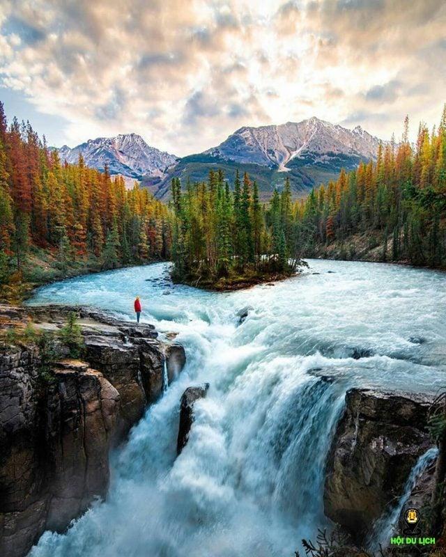 Dãy núi Rocky: sự tuyệt tác của thiên nhiên Canada