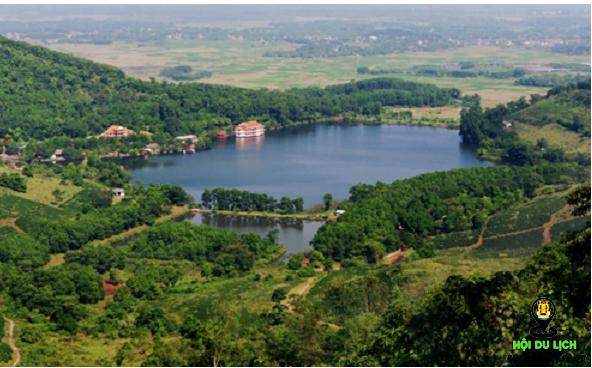 Hồ tiên sa ở vườn quốc gia Ba Vì (ảnh sưu tầm)
