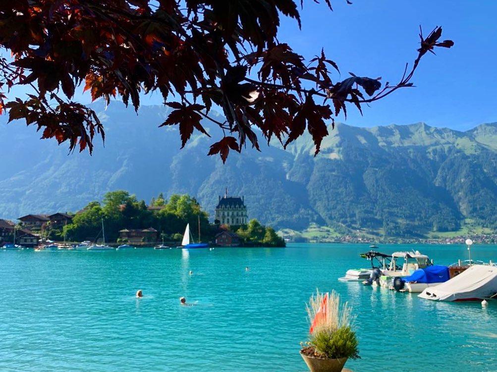 Thiên nhiên hùng vĩ tại hồ Brienz