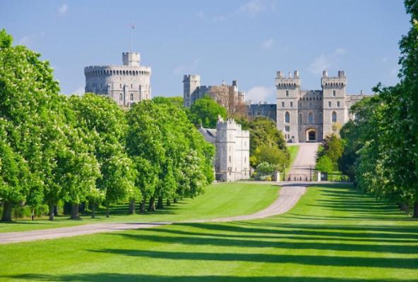 Lâu đài Windsor luôn hấp dẫn khách du lịch (ảnh sưu tầm)