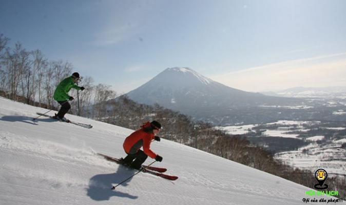 Trượt tuyết ở Hokkaido (ảnh sưu tầm)