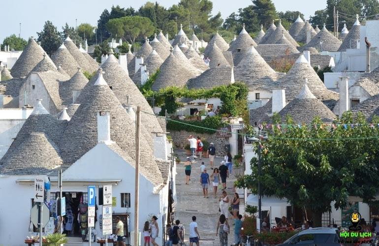 du lịch thị trấn Trulli của Puglia