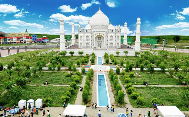 Đền Taj Mahal ở Ấn Độ được tái hiện từ hình lego ( ảnh sưu tầm)