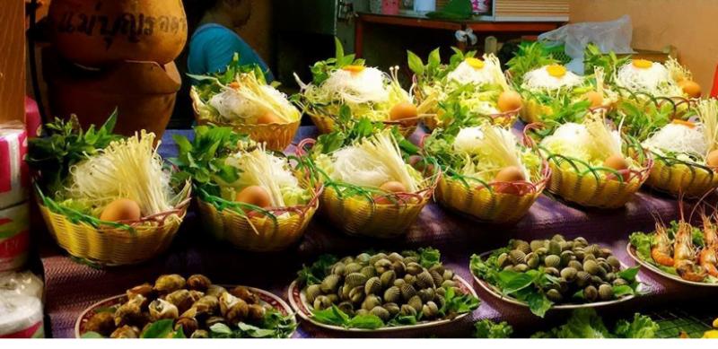 Ẩm thực chợ đem Chiang Rai thật phong phú ( ảnh sưu tầm)