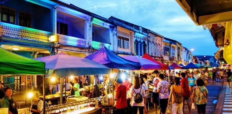Chợ đêm ở Chiang Rai luôn tấp nập ( ảnh sưu tầm)