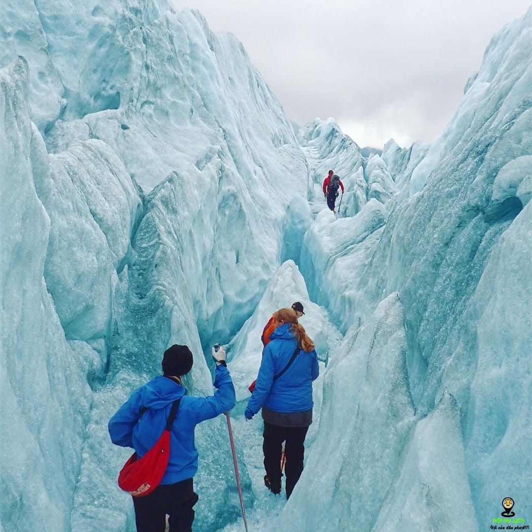Trải nghiệm đi bộ trên băng