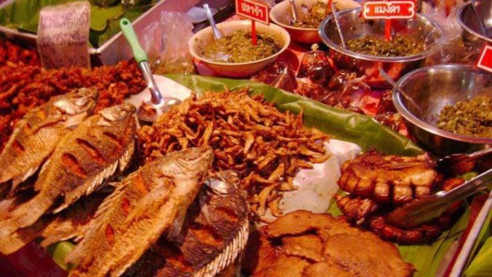 Khu ẩm thực ở Chiang Rai vô cùng hấp dẫn ( ảnh sưu tầm)
