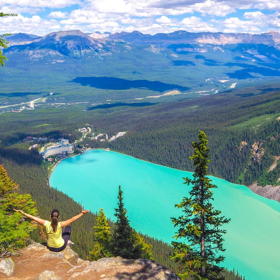 Hồ Louise - Canada, một tuyệt tác thiên nhiên ban tặng