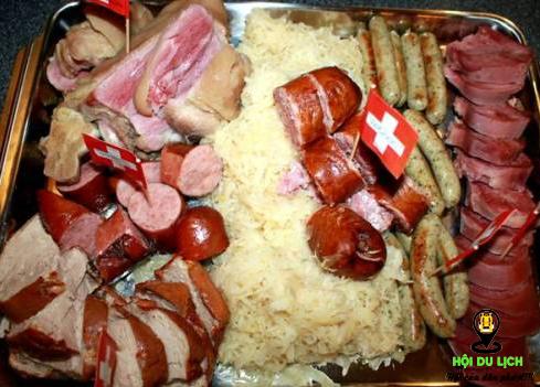 Món Thịt Hỗn Hợp Thật Hấp Dẫn ở Thụy Sỹ (ảnh sưu tầm)