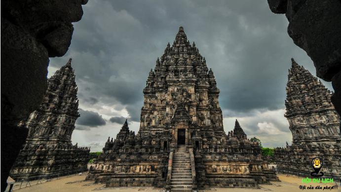 Ngôi đền Prambanan điểm du lịch không thể bỏ lỡ tại Indonesia (ảnh sưu tầm)